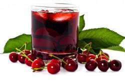Польза вишневого сока при избавлении от седины