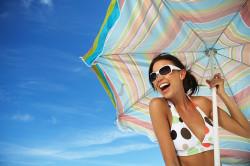 Избегание прямых солнечных лучей - профилактика появления родинок