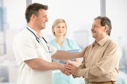 Консультация врача перед лечением кисты Бейкера народными методами