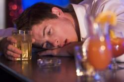 Злоупотребление алкоголем - причина грыжи