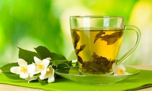На завтрак при грыже пищеводного отверстия можно пить зеленый чай